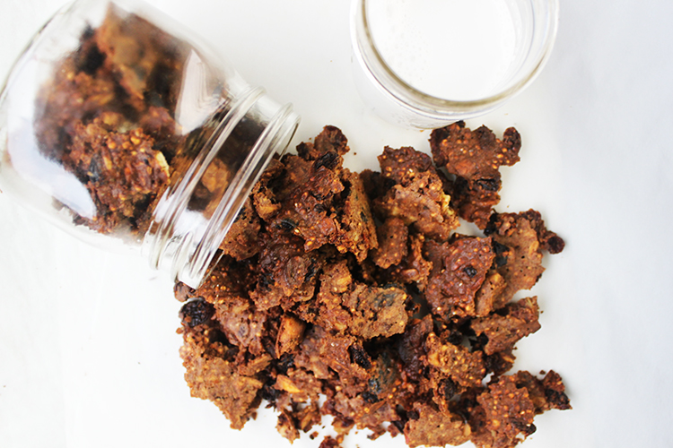 healthy quinoa granola chunks