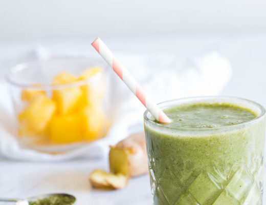 Tropical Matcha Smoothie