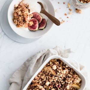 Appelcrumble met Eat Natural Absolutely Nuts Muesli